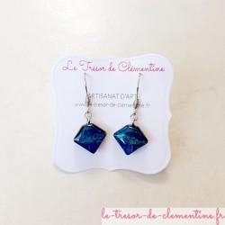 Boucles d'oreilles fantaisie berlingot turquoise à bleu et scintillant