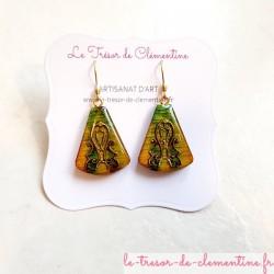 Boucle oreille fantaisie romantique tons cuivre et vert métal triangle tronqué