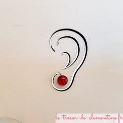 Petit puce d'oreille, bouton d'oreille ronde rouge rayé