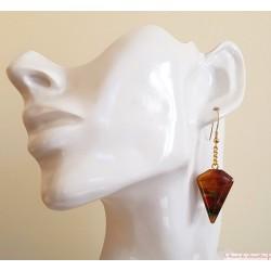 Boucles d'oreilles originale  triangle tronqué feu, signé au dos
