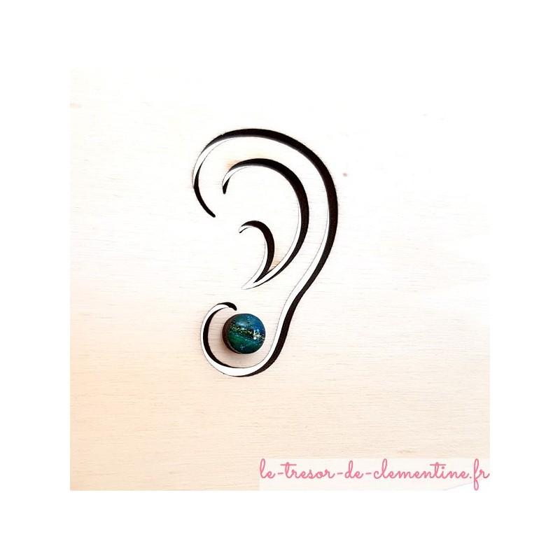 Petit bouton d'oreille, puce d'oreille turquoise à vert