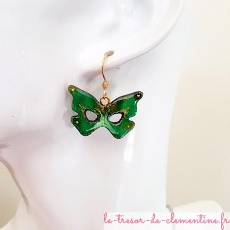 Boucle d'oreille fantaisie  masque papillon vert et doré
