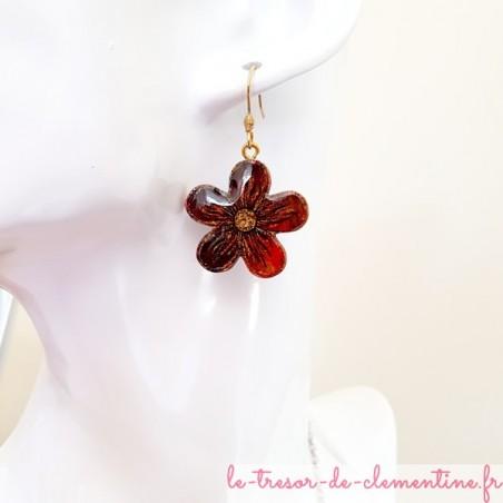 Boucle d'oreille pour femme avec fleur brun à mordoré
